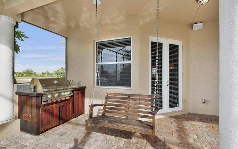 3702 SW 2nd St, Cape Coral - House For Sale 619517264
