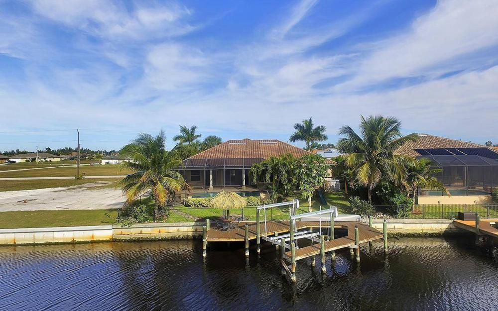 3702 SW 2nd St, Cape Coral - House For Sale 1625433392