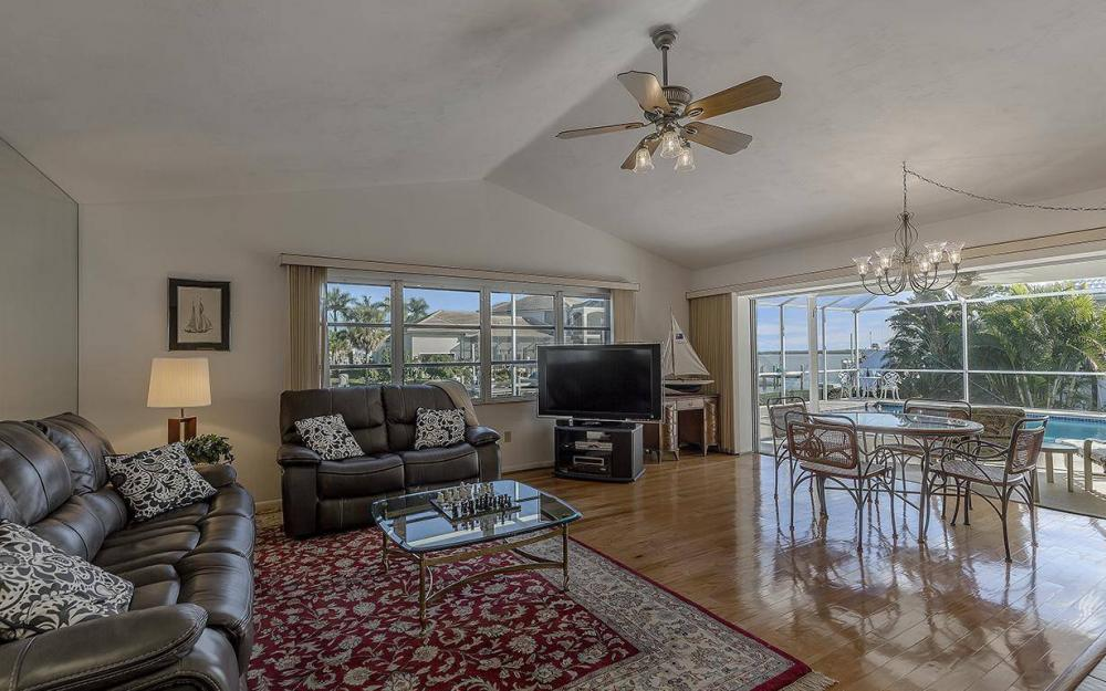 874 Magnolia Ct, Marco Island - House For Sale 49093211