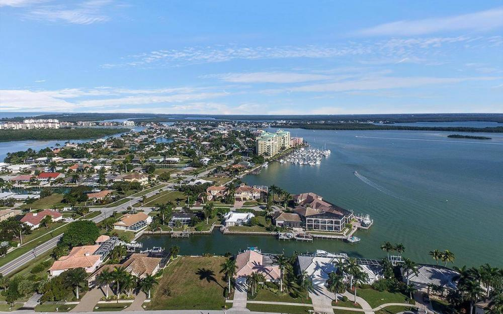 874 Magnolia Ct, Marco Island - House For Sale 972027889