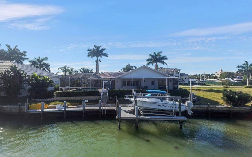 874 Magnolia Ct, Marco Island - House For Sale 664903179