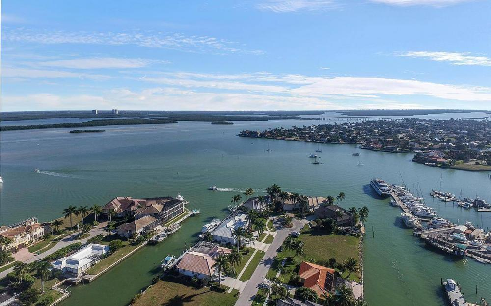 874 Magnolia Ct, Marco Island - House For Sale 1927315428