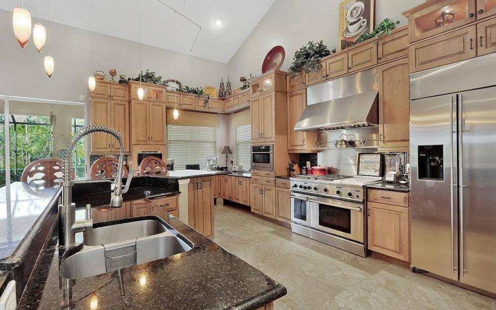 301 Spider Lily Ln, Naples - House For Sale 1736735287
