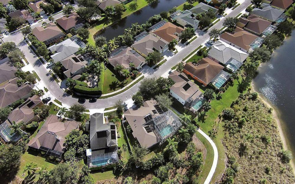 301 Spider Lily Ln, Naples - House For Sale 1035874111
