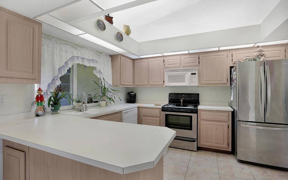 693 Grass Cove Ct, Lehigh Acres - House For Sale 940543269