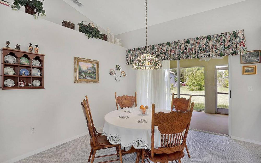 693 Grass Cove Ct, Lehigh Acres - House For Sale 1140680475