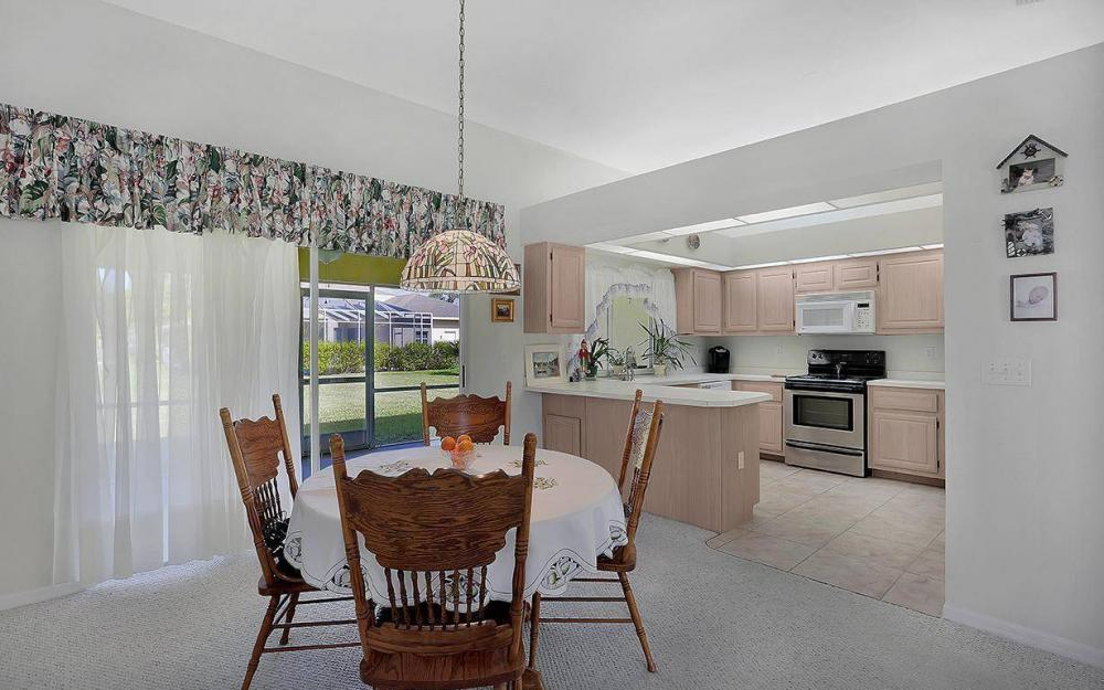 693 Grass Cove Ct, Lehigh Acres - House For Sale 1870592842