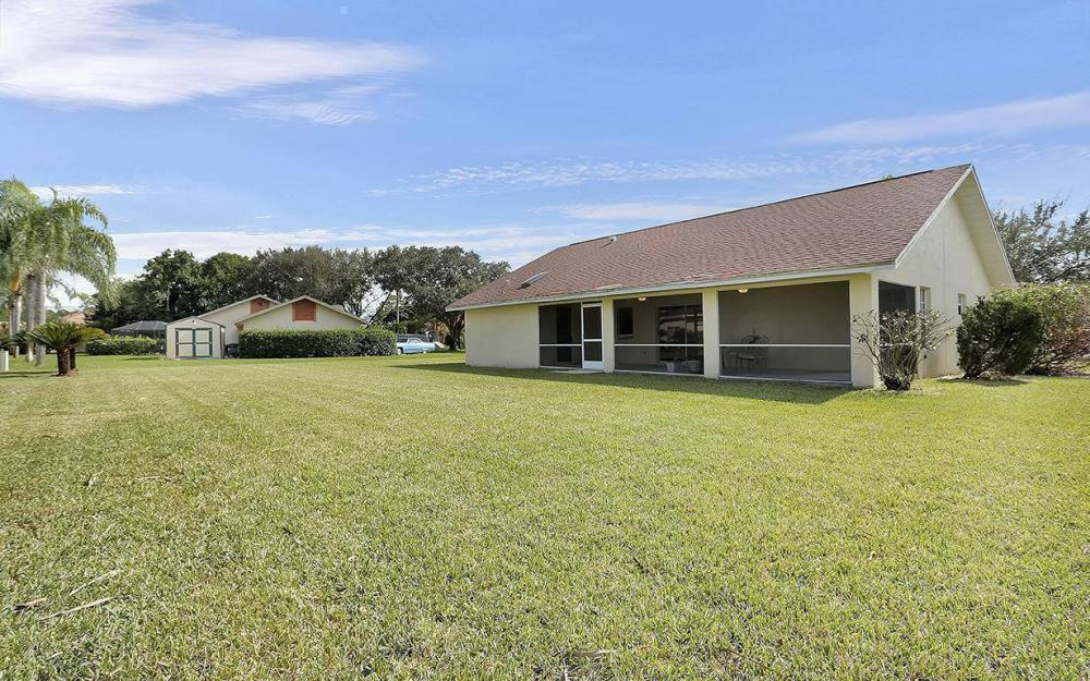 693 Grass Cove Ct, Lehigh Acres - House For Sale 1737639783