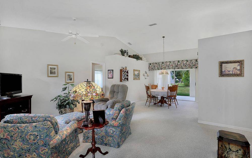 693 Grass Cove Ct, Lehigh Acres - House For Sale 1566764599