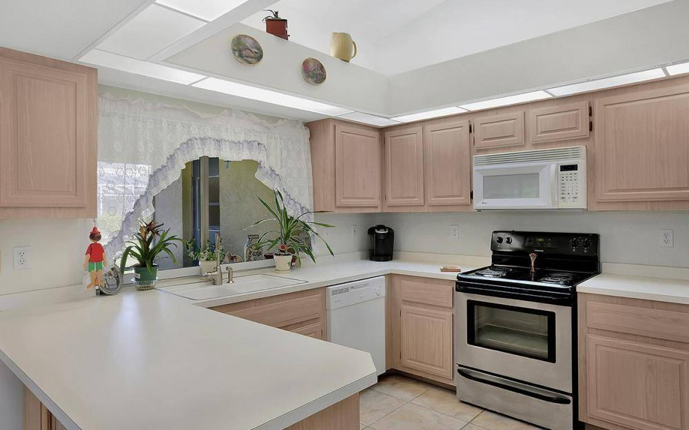 693 Grass Cove Ct, Lehigh Acres - House For Sale 895618851