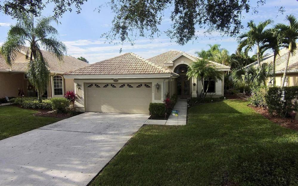 2234 Eaton Lake Ct, Lehigh Acres - House For Sale 402160692