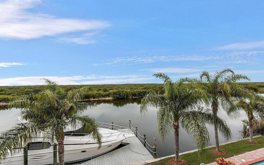 3520 Surfside Blvd, Cape Coral - House For Sale 560479532