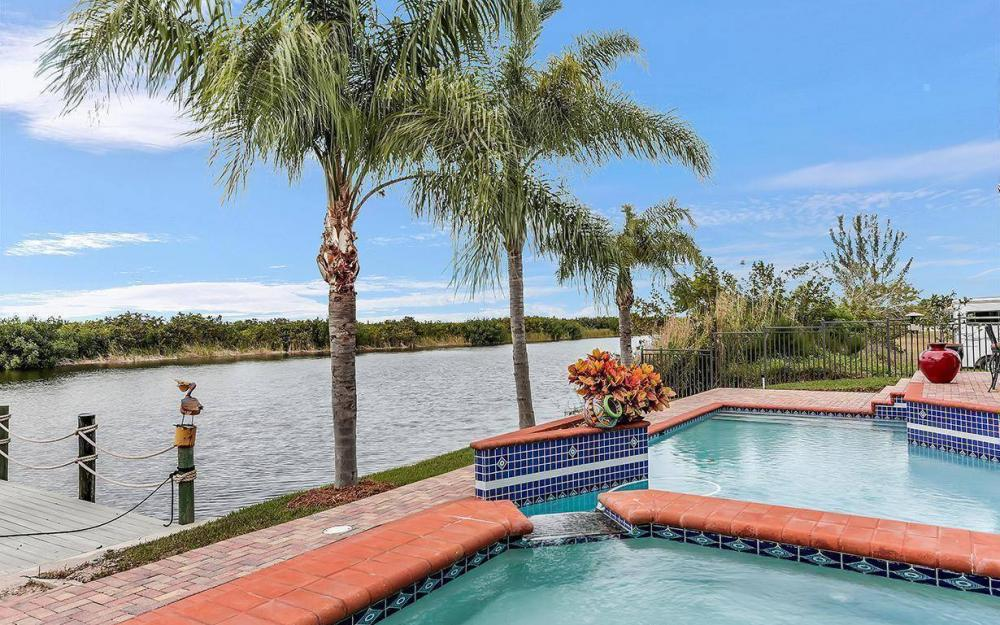 3520 Surfside Blvd, Cape Coral - House For Sale 1755131419