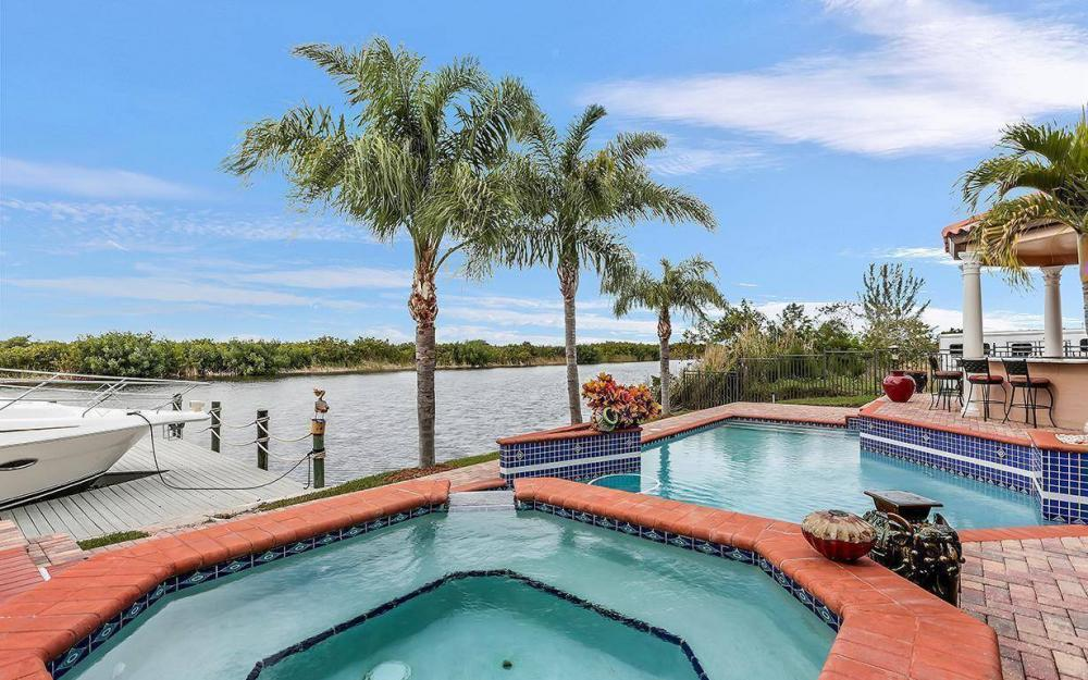 3520 Surfside Blvd, Cape Coral - House For Sale 759377041