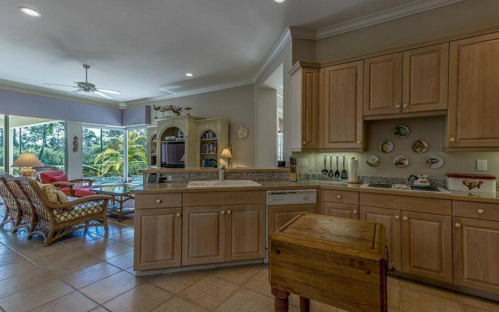 3687 Olde Cottage Ln, Bonita Springs - House For Sale 553519190