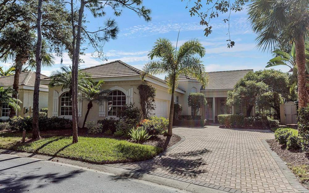 3687 Olde Cottage Ln, Bonita Springs - House For Sale 1040449113