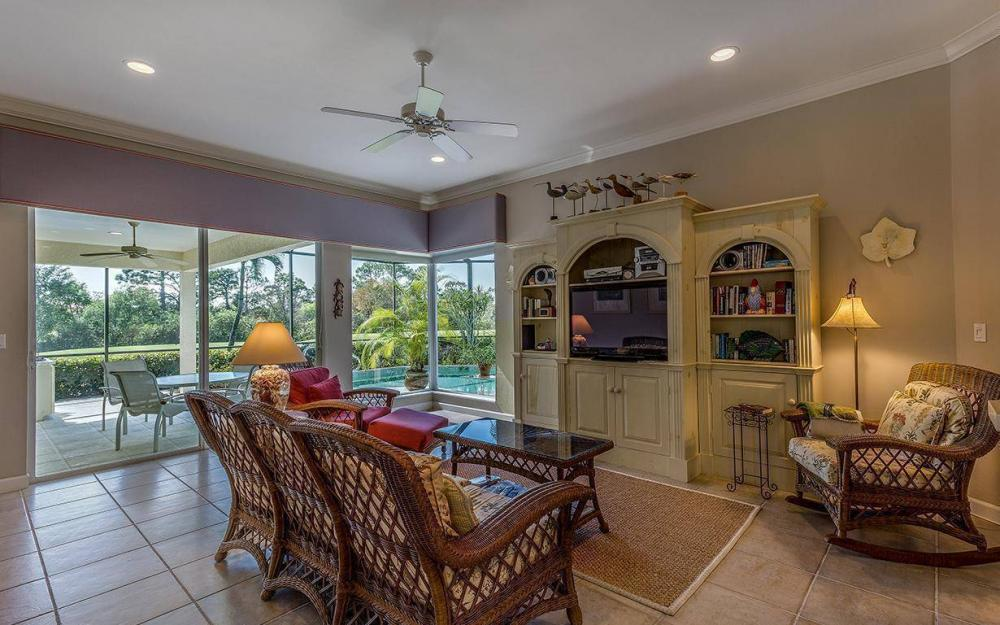3687 Olde Cottage Ln, Bonita Springs - House For Sale 650934928
