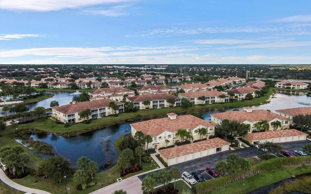 3009 Driftwood Way #2806, Naples - Condo For Sale 1011236889