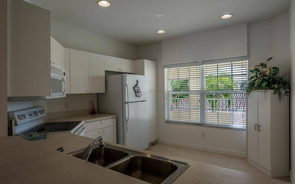 3009 Driftwood Way #2806, Naples - Condo For Sale 23181