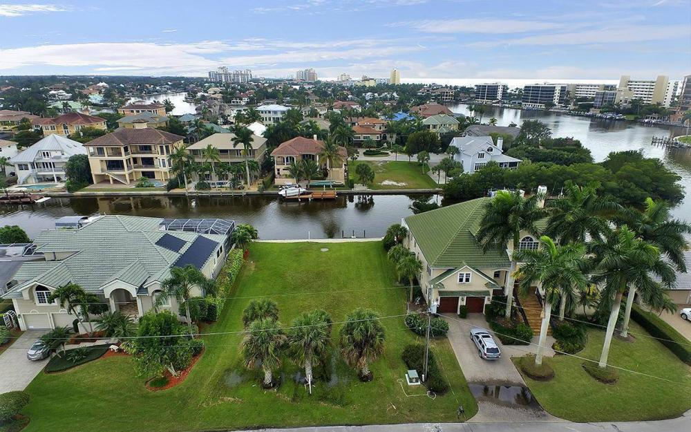 152 Heron Ave, Naples - Lot For Sale 678763996