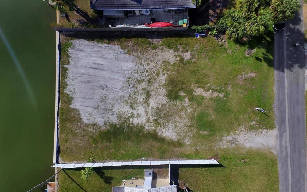 476 Pine Ave, Naples - Lot For Sale 1242993141