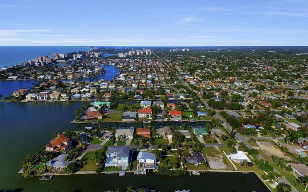 476 Pine Ave, Naples - Lot For Sale 169453620
