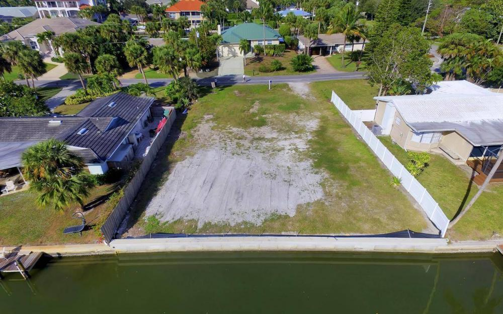 476 Pine Ave, Naples - Lot For Sale 63871589