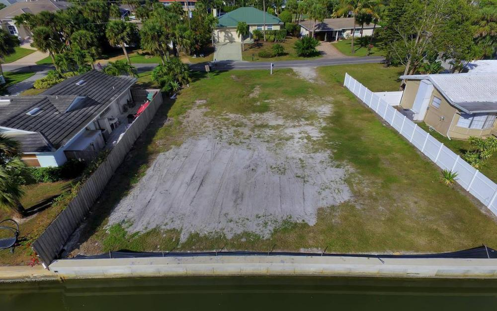 476 Pine Ave, Naples - Lot For Sale 1392873285