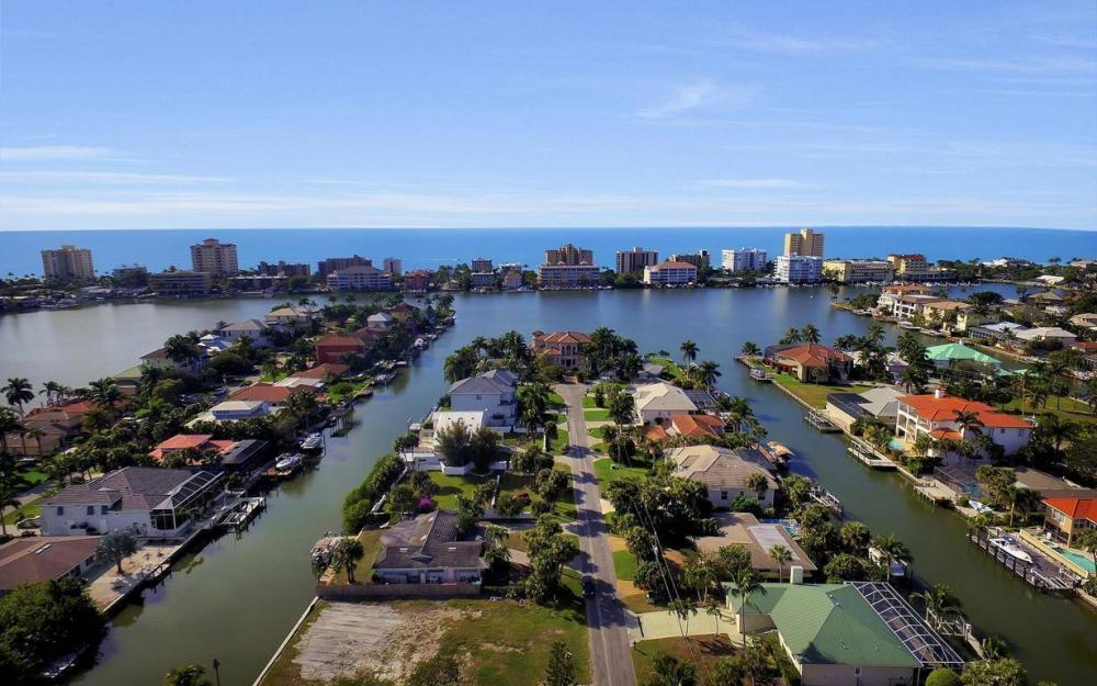 476 Pine Ave, Naples - Lot For Sale 1322045372