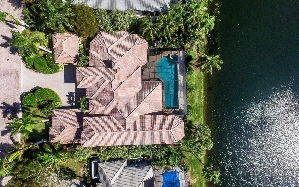 1622 Chinaberry Way, Naples - House For Sale 311421349