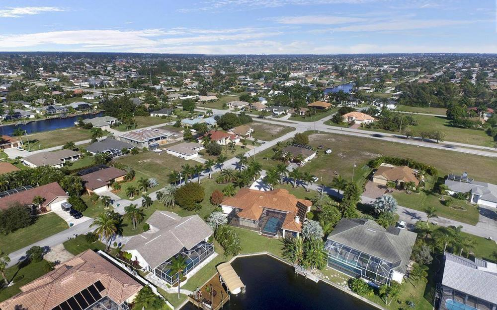 4926 SW 21st Pl, Cape Coral - Vacation Rental 2051475820