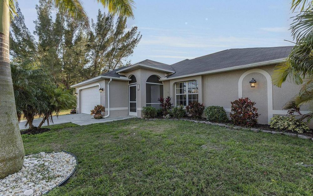 112 SW 35th Ave, Cape Coral - House For Sale 420327413