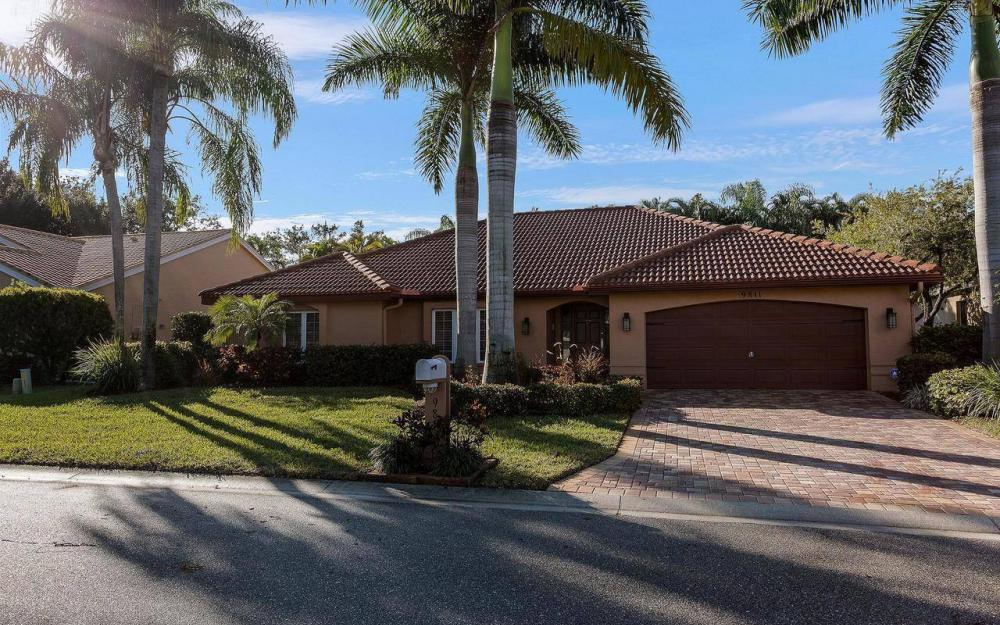 9811 Cuddy Ct, Fort Myers - House For Sale 1189055549