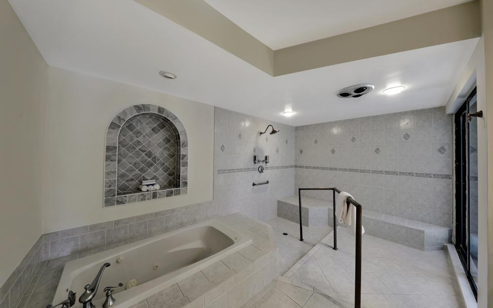 12856 Valewood Dr, Naples - House For Sale 1417932582
