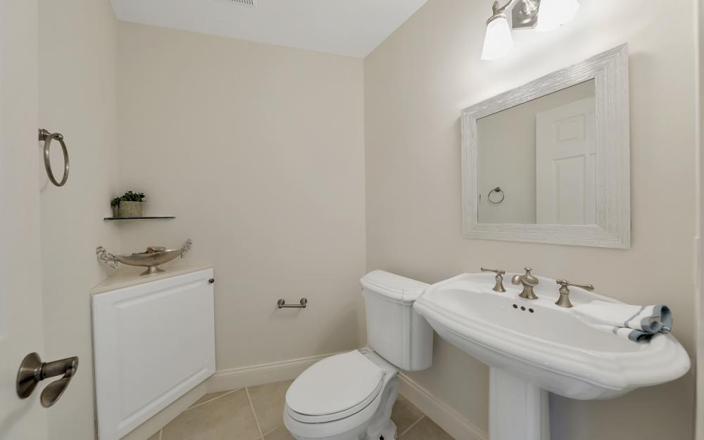 12856 Valewood Dr, Naples - House For Sale 519385057