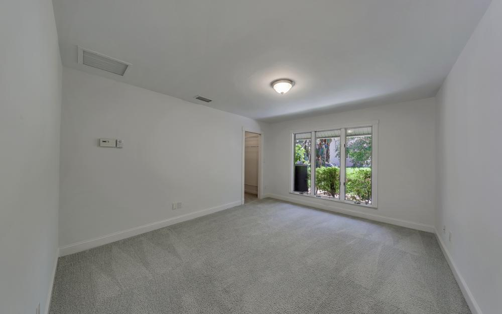 12856 Valewood Dr, Naples - House For Sale 456129225