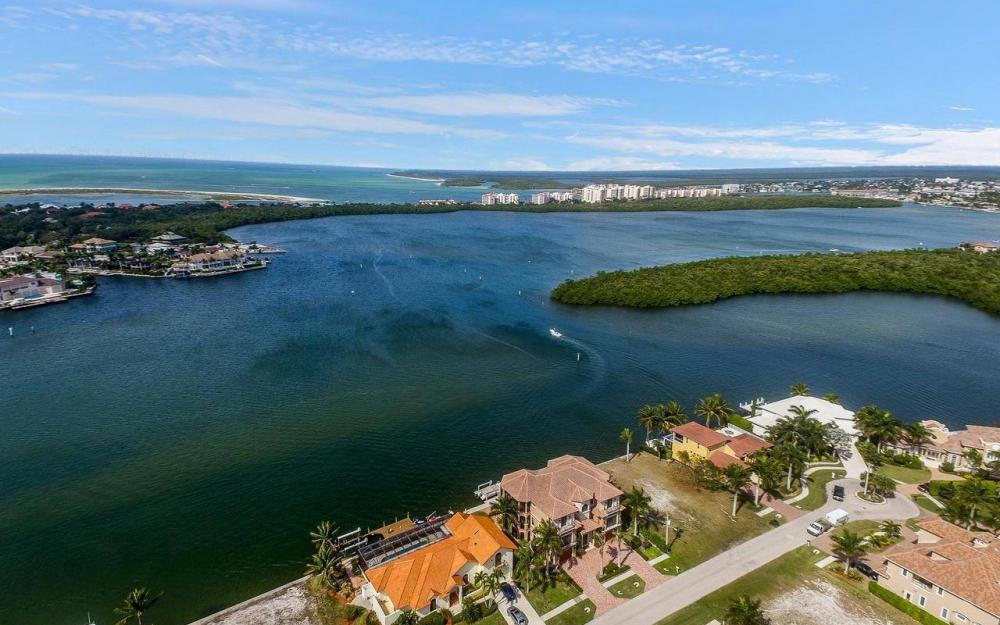 509 Tigertail Ct, Marco Island - House For Sale 765943072