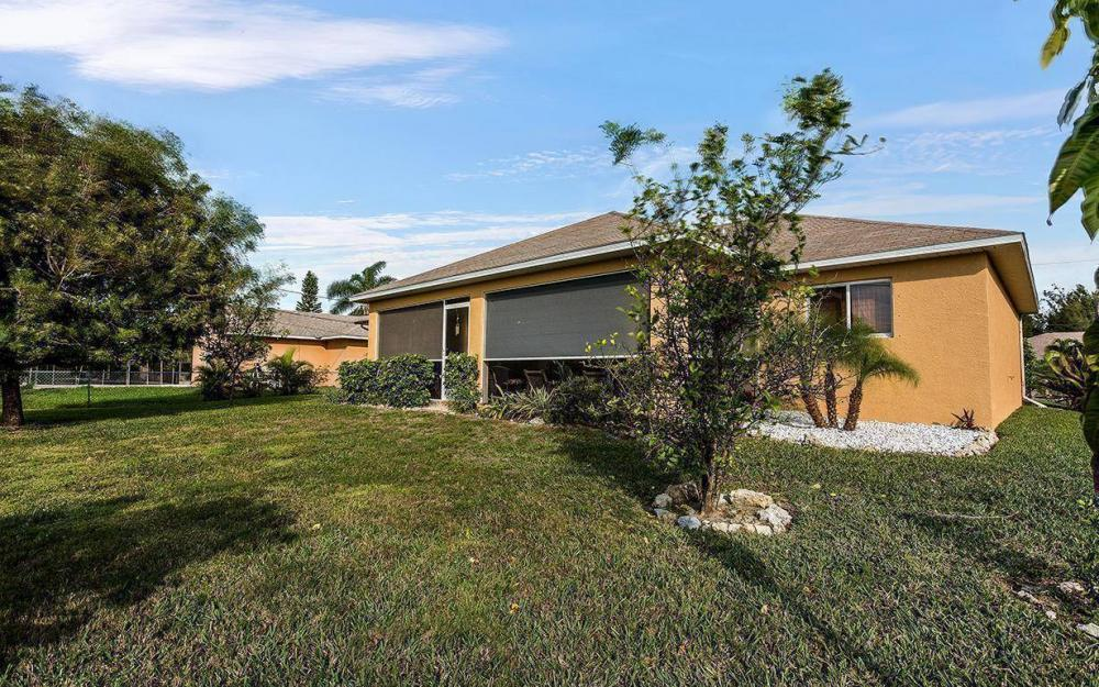 1616 SW 12th Ln, Cape Coral - House For Sale 855775179