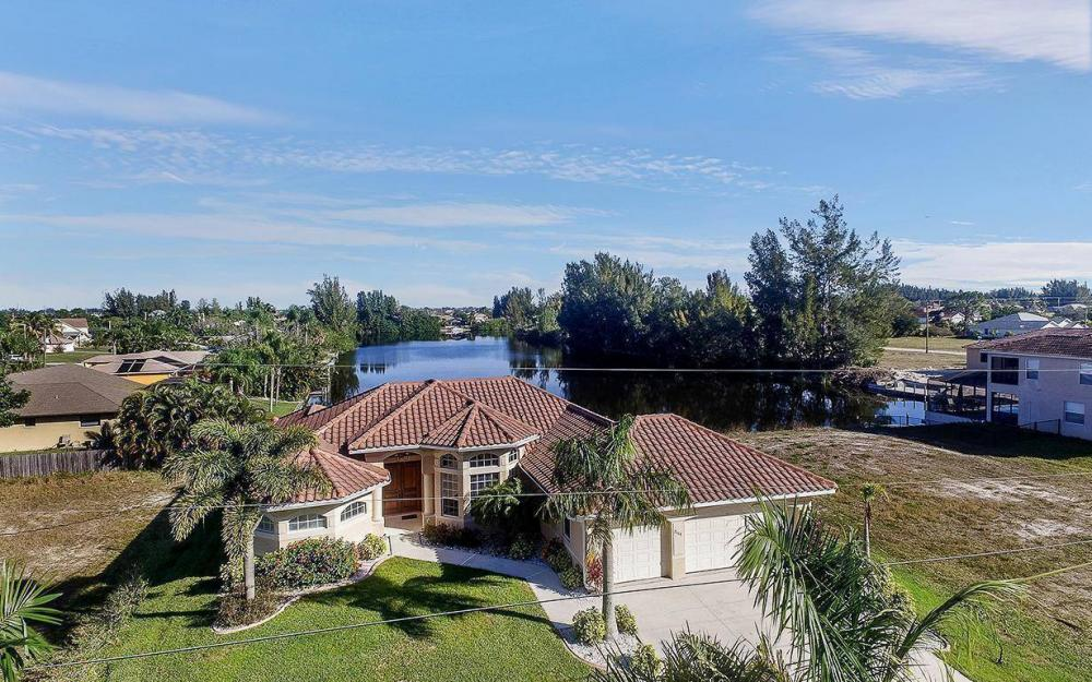 2115 SW 4th St, Cape Coral - House For Sale 1484963441