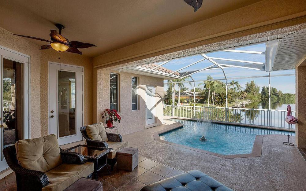 2115 SW 4th St, Cape Coral - House For Sale 341893274