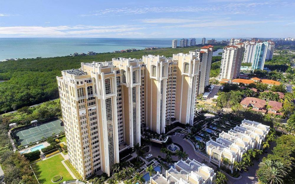 7117 Pelican Bay Blvd #1701, Naples - Condo For Sale 844772896