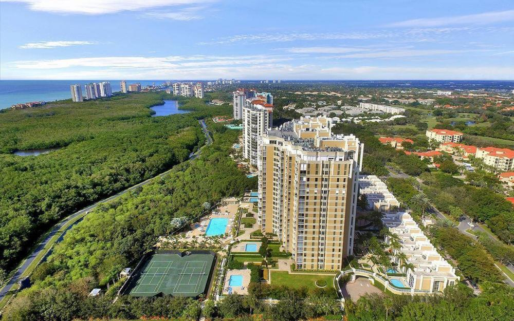 7117 Pelican Bay Blvd #1701, Naples - Condo For Sale 1799484557