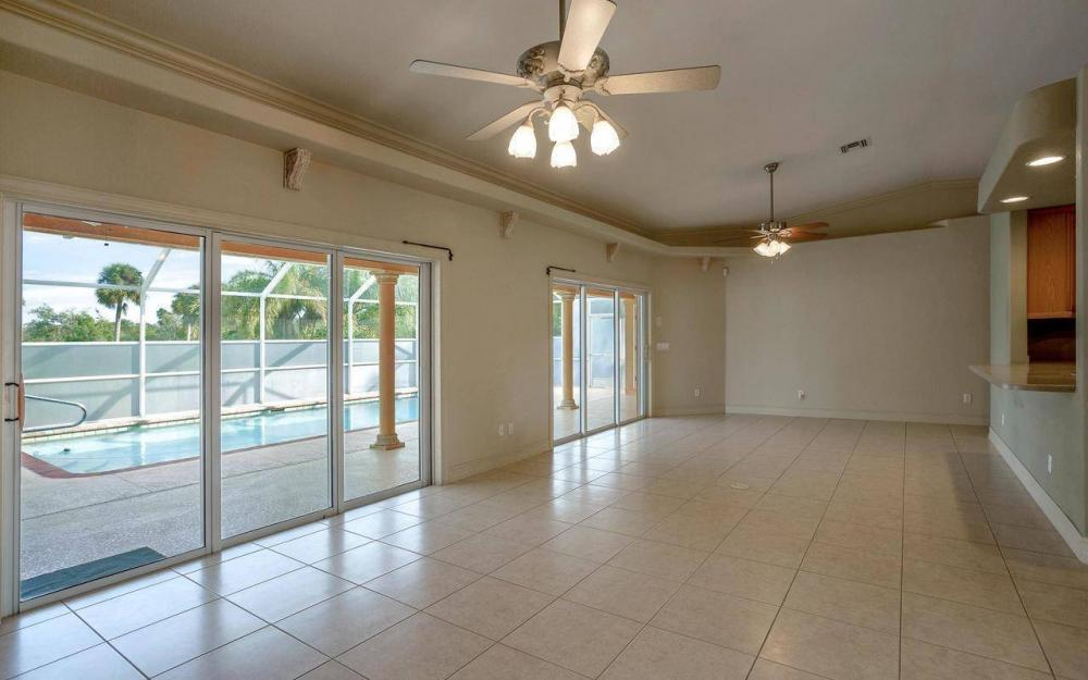 3180 River Grove Cir, Fort Myers - House For Sale 1076825794