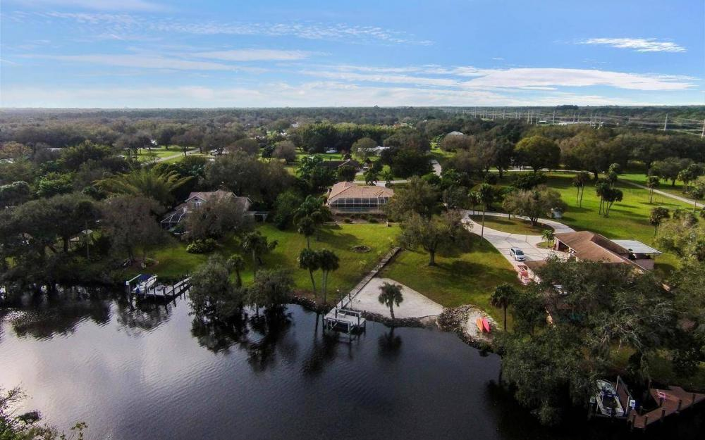 3180 River Grove Cir, Fort Myers - House For Sale 1842595155