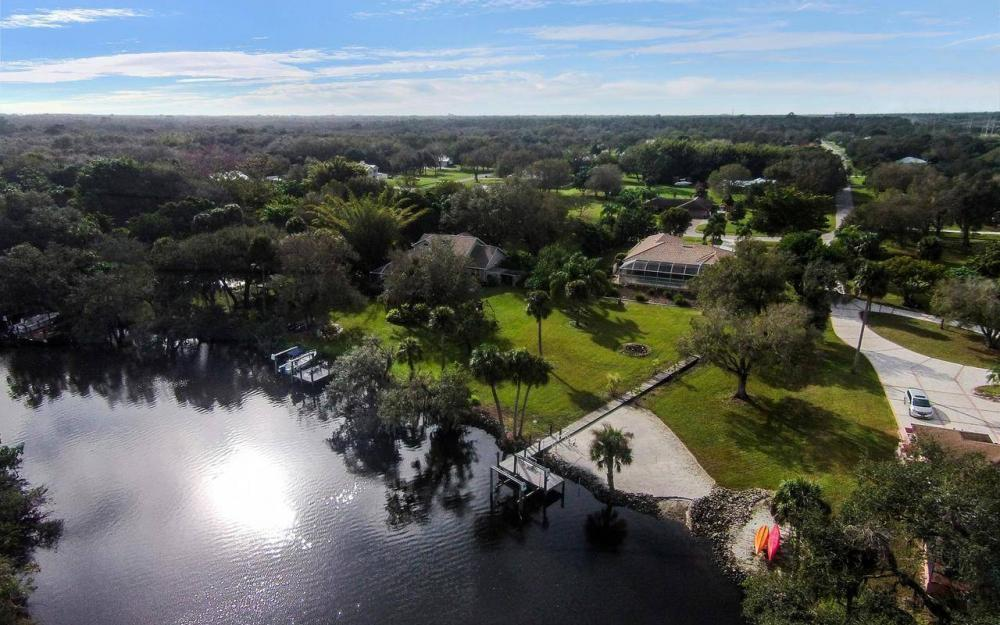 3180 River Grove Cir, Fort Myers - House For Sale 1895720772
