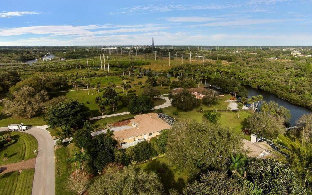 3180 River Grove Cir, Fort Myers - House For Sale 1364506176