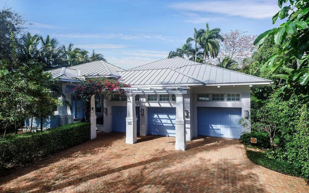 137 1st Ave N, Naples - House For Sale 296501970
