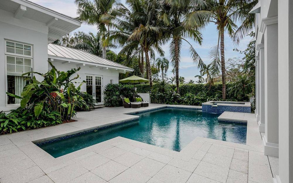 137 1st Ave N, Naples - House For Sale 1445639892