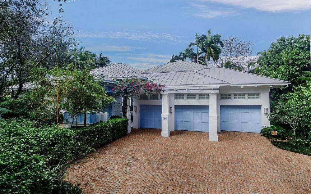 137 1st Ave N, Naples - House For Sale 501099156