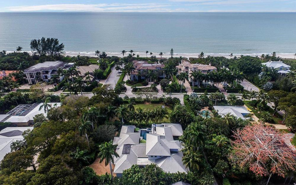137 1st Ave N, Naples - House For Sale 948169458